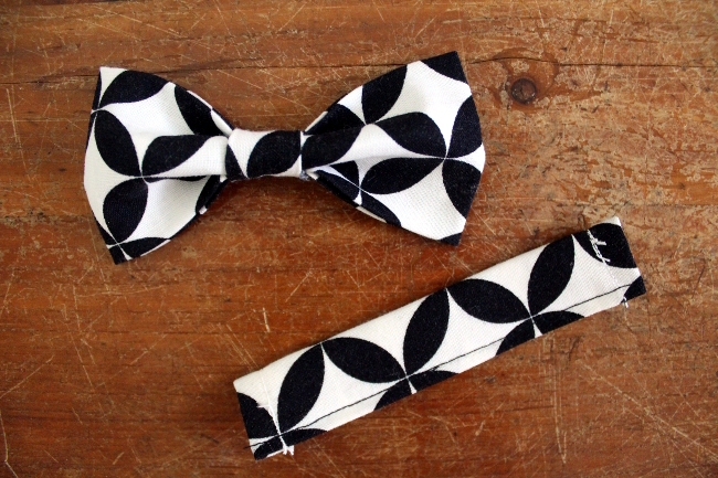 Bow Tie Bracelet Style 2