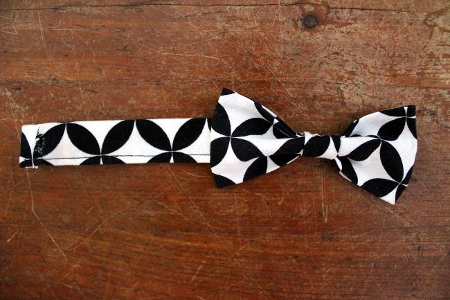 Bow Tie Bracelet Style 2a