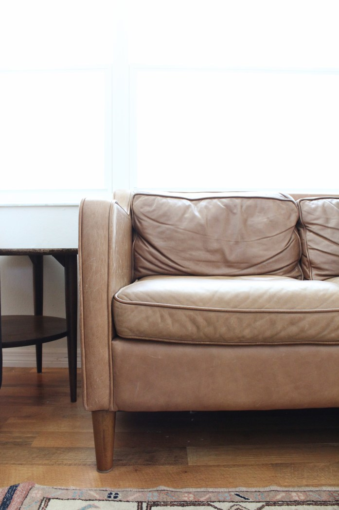 how to remove cat scratches from aniline leather