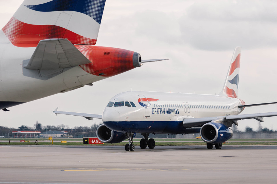 BA boarding process & new Club World, Paris - New York flights from €1000
