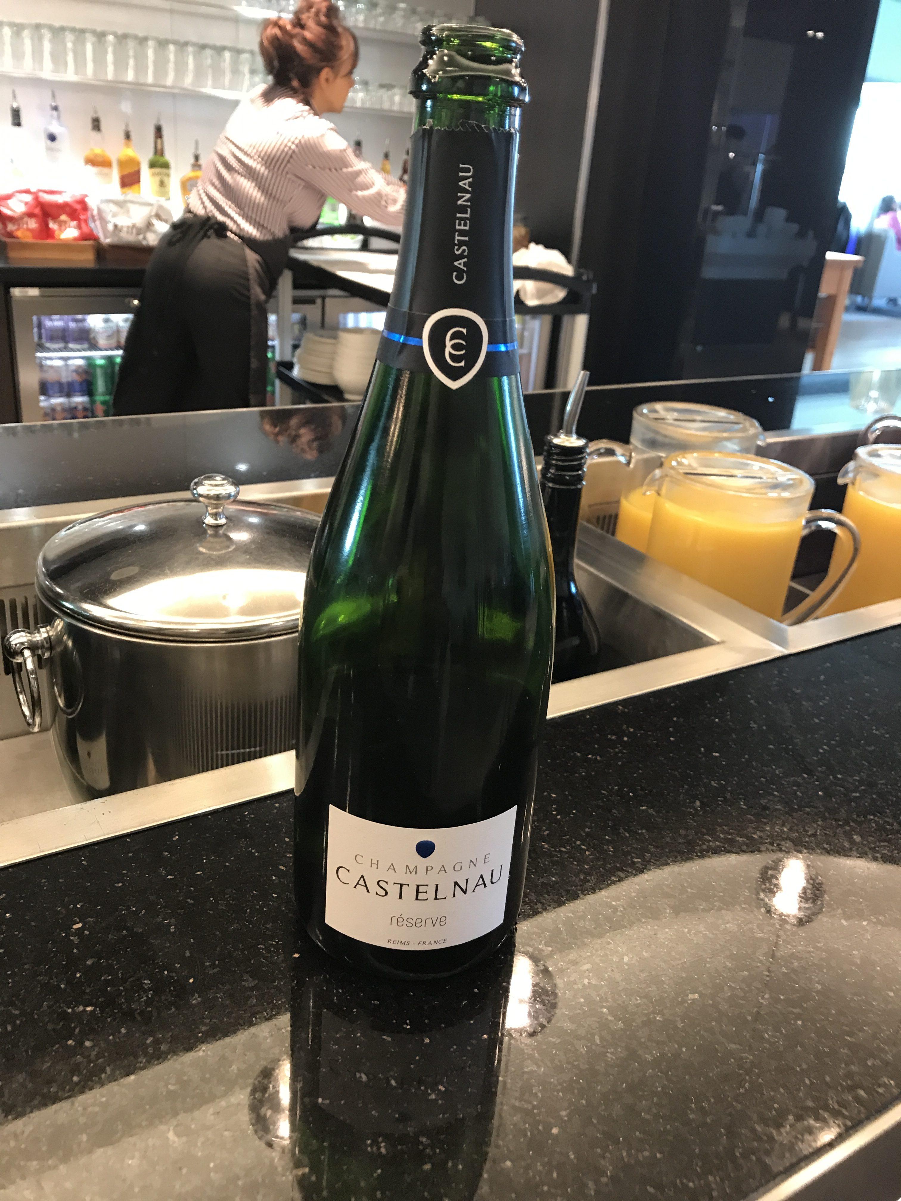 BA lounge Gatwick south champagne