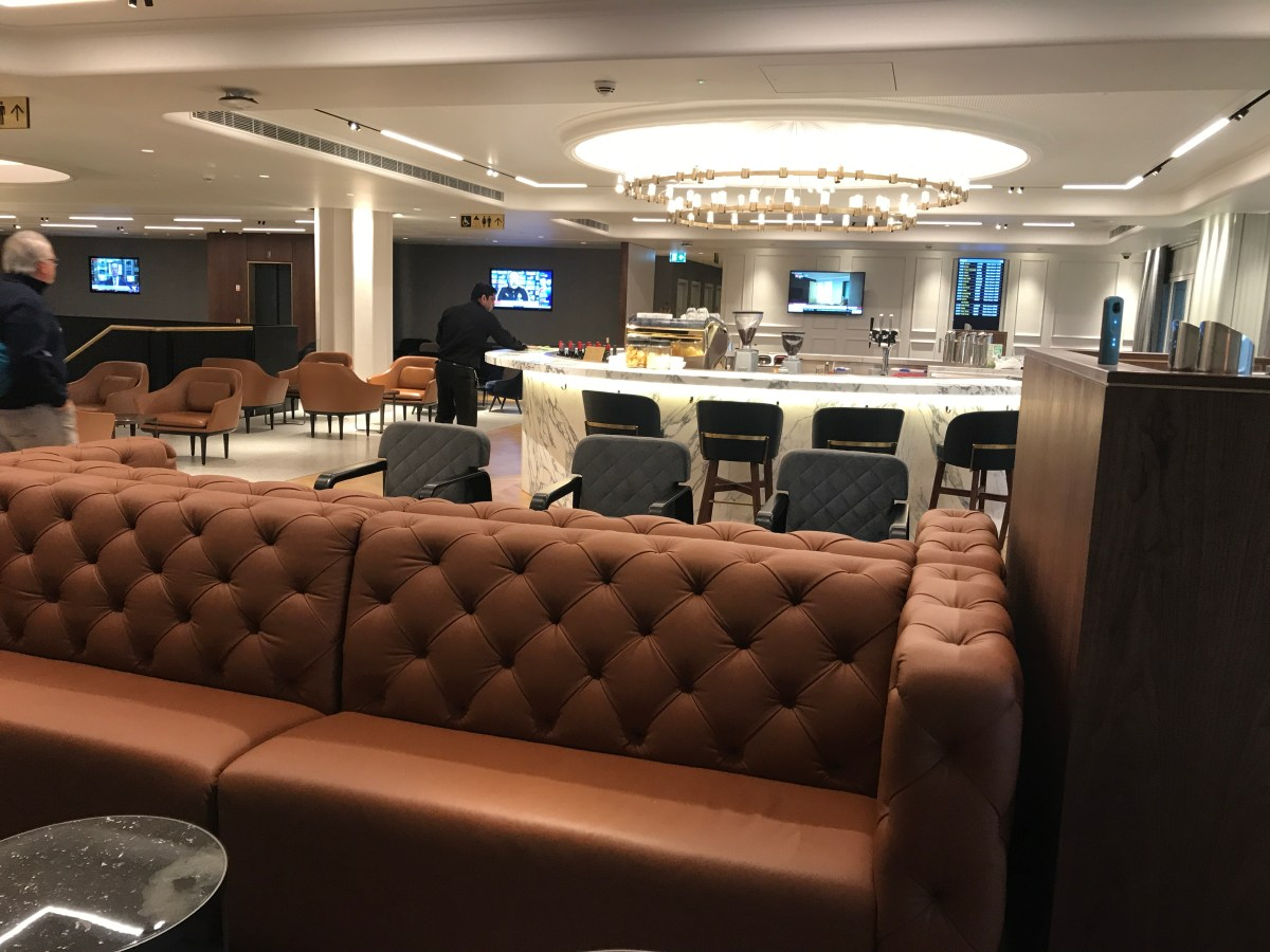 Which is the best oneworld lounge at Heathrow Terminal 3 & what lounges can I use worldwide?