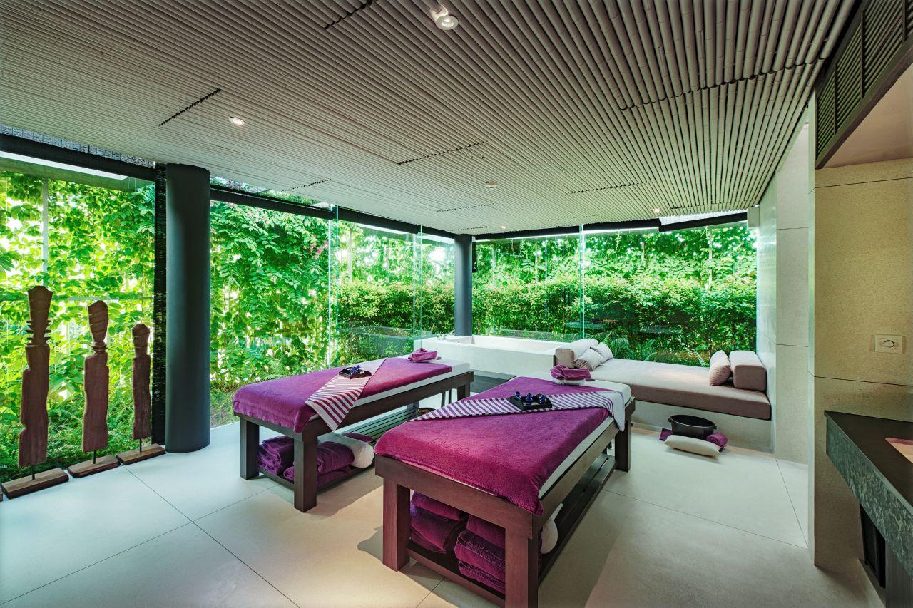 Naman Retreat DaNang review therapy room pure spa