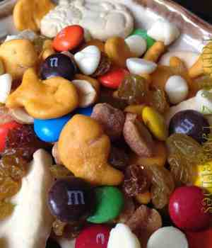 Munch a Bunch Snack Mix-Football Friday