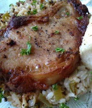 Pork Chops with Dirty Rice #SundaySupper