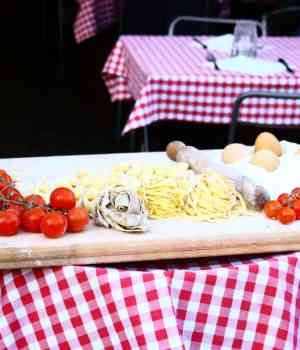 Living La Folle Vita – How To Throw The Perfect Italian Party