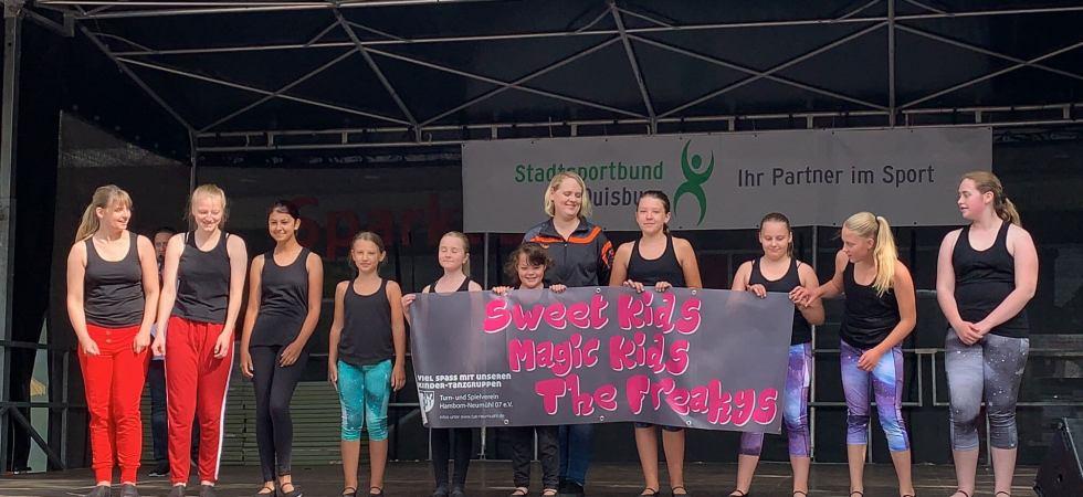 Tanz-Kids —Auftritt bei Duisburg bewegt sich 2019
