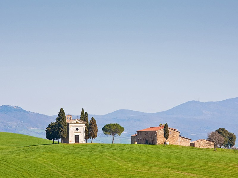 Top 10 Sights to visit in Val d'Orcia: The Paradise of Tuscany!