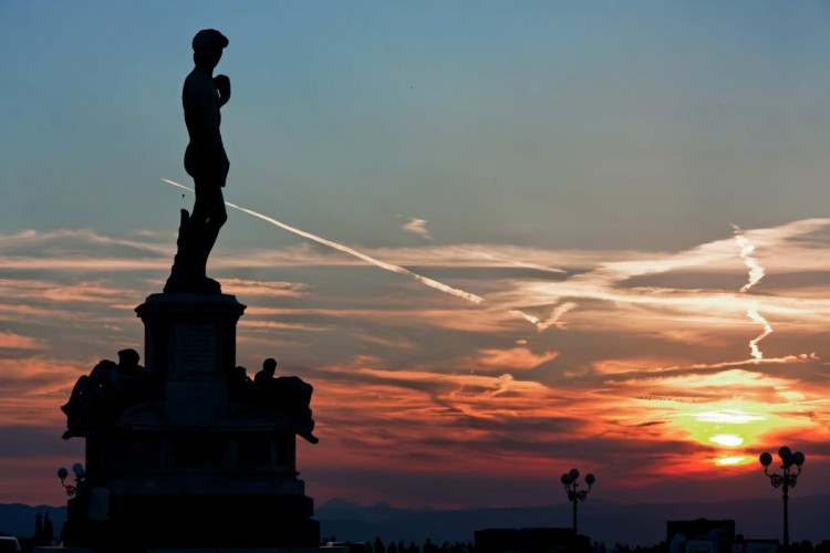 La copia del David si trova a Piazzale Michelangelo a Firenze, uno dei 10 luoghi più fotografati del mondo