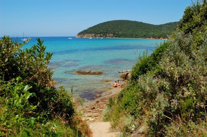 La Bionda è una delle 6 spiagge più belle della Toscana, luoghi ideali dove trascorrere un weekend o le vacanze estive