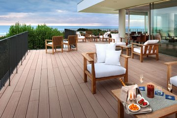 """I migliori locali della costa dove fare aperitivo in Toscana con vista mare sorseggiando il nuovo cocktail """"La Grande Bellezza"""""""
