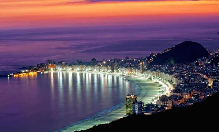 Rio De Janeiro di notte - Brazil 03