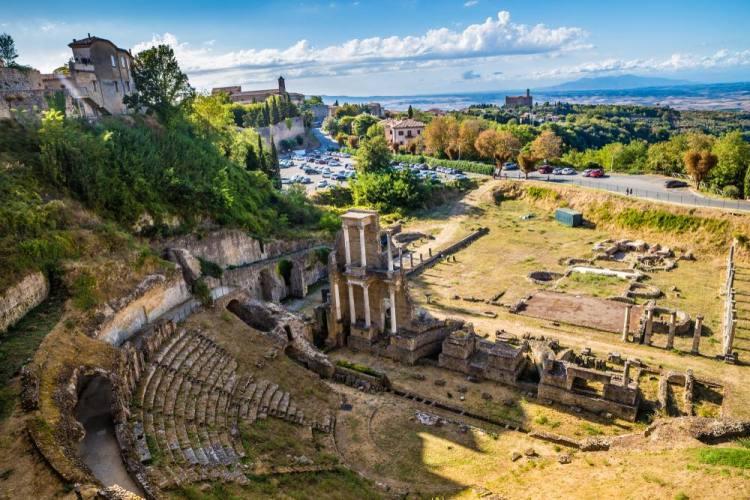 L'anfiteatro romano a Volterra