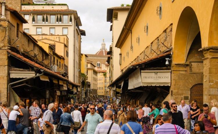 Il Gilda Bistrot è un ristorante davvero eccezionale davanti al Mercato di Sant'Ambrogio, che organizza eventi enogastronomici all'insegna dell'alta qualità