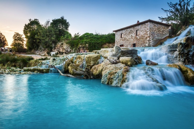 Vicopisano e Uliveto Terme sono due antichi borghi nella bellissima campagna pisana, famosi per gli antichi edifici e le rinomate sorgenti di acqua termale