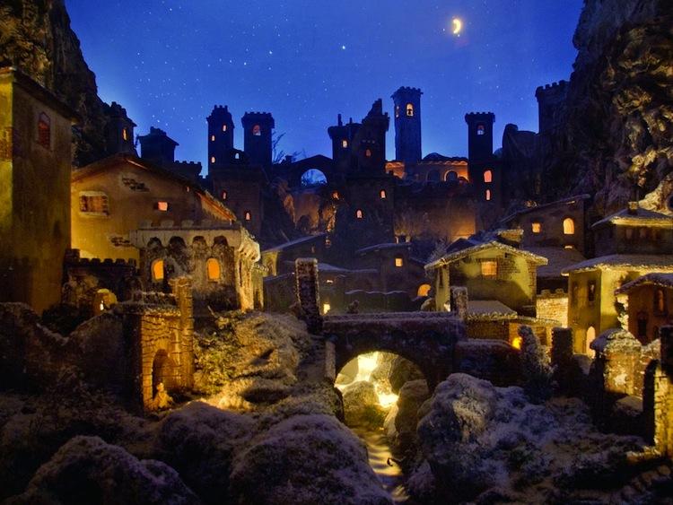Terre dei Presepi è un'iniziativa che svolge ogni anno in Toscana a Natale, un tour di 300 km per scoprire i 20 presepi più famosi della regione