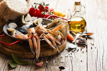 Ricetta di pesce invernale: Insalata del mare di inverno, una preparazione semplice e delicata per assaporare il gusto del pesce e i ricordi dell'estate