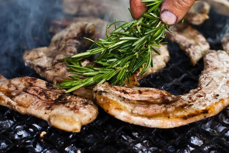 Mangia sano Mangia Maremmano è un'iniziativa di Federcarni Confcommercio di Grosseto per scoprire gli antichi sapori tradizionali della cucina maremmana.