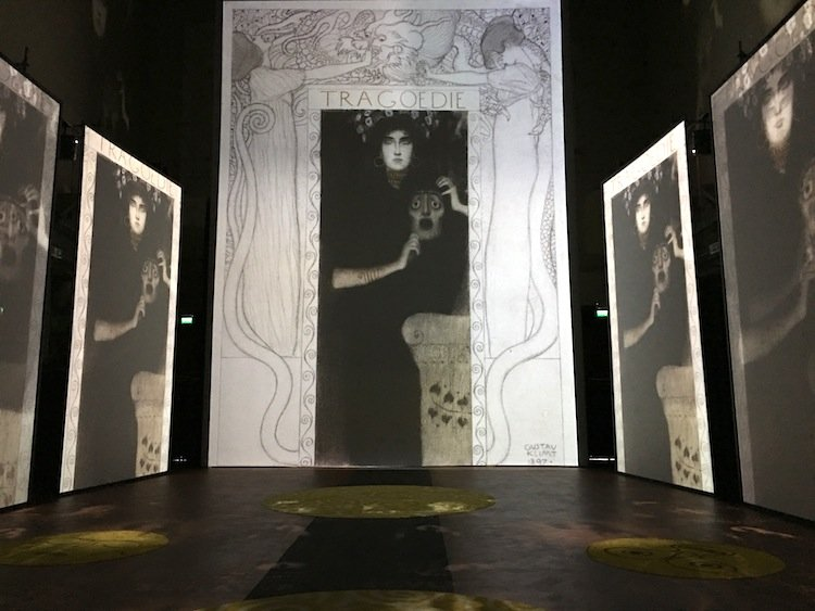 Il Caffè Florian di Firenze ha creato un menù in occasione della mostra Klimt Experience, per garantire al visitatore un risveglio dei sensi