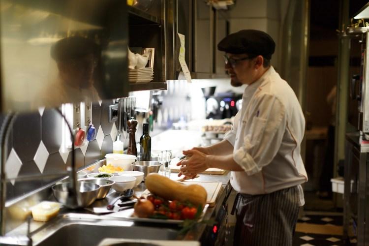 25 Marzo 2017, in una location ancora top secret tra Firenze e Prato si terrà la IV Cena Segreta di TuscanyPeople: incontro indiscusso con l'eccellenza toscana.