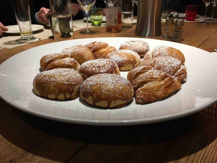 In via del Fosso Macinante a Firenze, al Fosso Bandito ha aperto La buoneria, la pizzeria napoletana family friendly nel parco delle Cascine.
