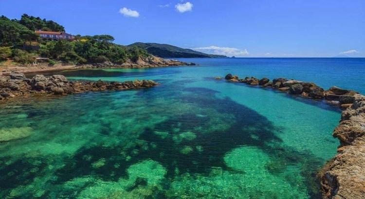 6 delle più belle spiagge dell'Isola d'Elba le meno conosciute e meno frequentate dal turismo di massa, veri paradisi dell'Arcipelago Toscano.