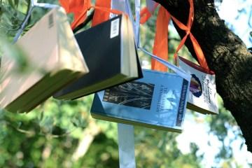 """Invito alla VI^ Supper Club di Tuscany People """"Il libro appeso - Una serata countrychic"""" che si terrà il 30 giugno 2017. Contattaci per infos"""