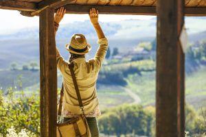TuscanyPeople, uno dei più autorevoli e conosciuti web magazine sulla Toscana ha da poco lanciato una nuova iniziativa: i TuscanyPeople Video