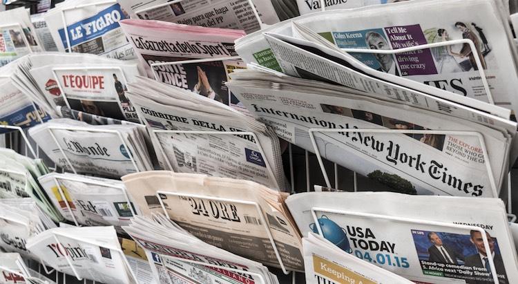 A sostenere il sorpasso definitivo dei quotidiani online rispetto ai giornali cartacei sono alcuni dei massimi esperti del settore