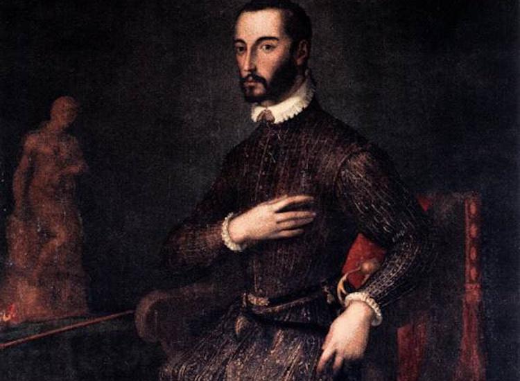 Francesco I dei Medici, figlio di Cosimo I, fu il Granduca appassionato di magia, colui che col Buontalenti creò la Porcellana dei Medici.