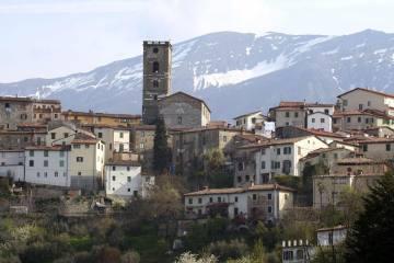 Coreglia Antelminelli è uno dei 23 Borghi più belli d'Italia in Toscana. Si trova in Garfagnana (LU) ed è famosa per la lavorazione del gesso
