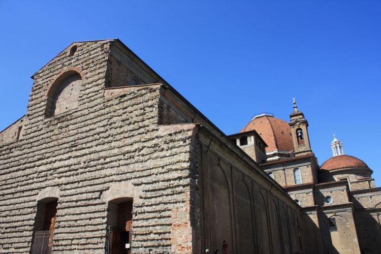 Il matrimonio tra Eleonora di Toledo e Cosimo I si tenne nella Basilica di San Lorenz