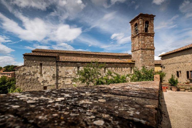 La Val d'Elsa è uno dei territori tra le province di Siena e Firenze, meta ideale per trascorrere un weekend in Toscana tra arte e natura