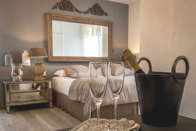 Locanda Senio, uno degli alberghi diffusi più belli d'Italia, si trova in Toscana nascosto tra i vicoli di uno dei Borghi più belli d'Italia.