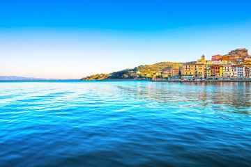 La Costa d'Argento è uno dei più bei tratti della costa toscana: da Capalbio a Talamone è una meta perfetta per vacanze in Toscana d'estate