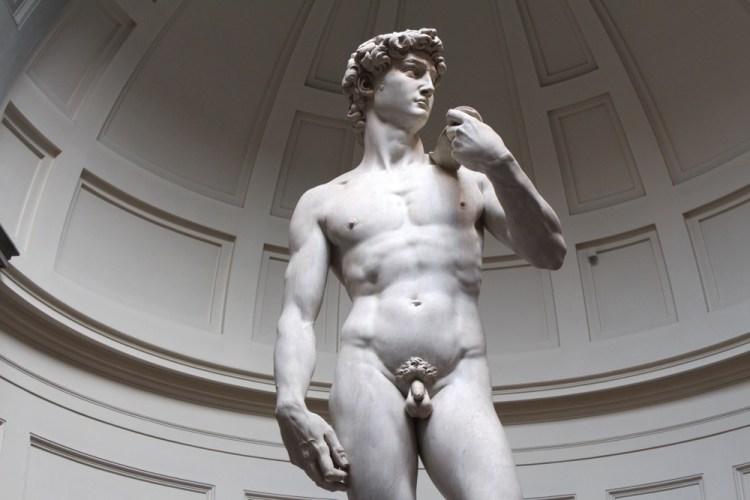 Il David di Michelangelo è una delle più grandi opere del Rinascimento fiorentino.