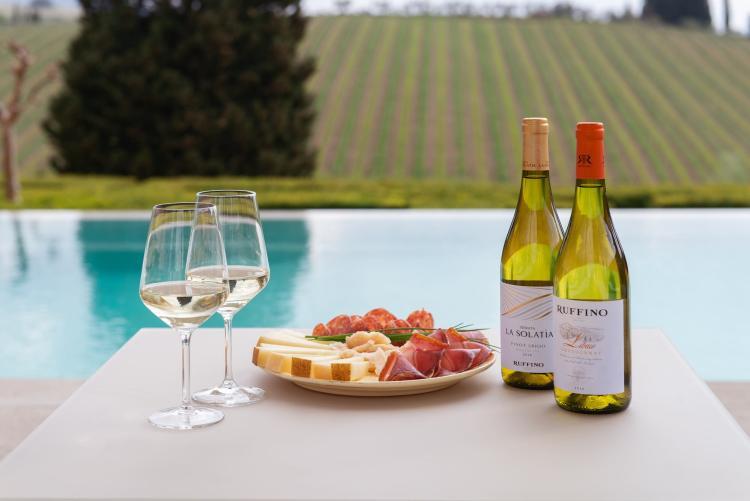 La Tenuta Poggio Casciano di Ruffino è tra i migliori wine resort in Toscana.