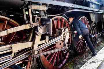 Il treno storico della Val d'Orcia promuove un turismo slow in Toscana