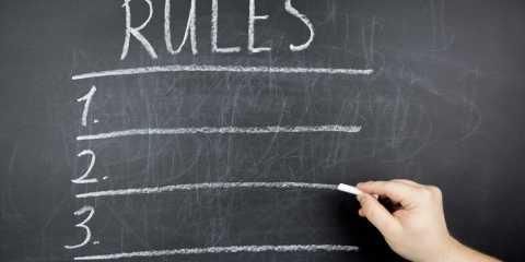Le regole di contenimento in dialetto toscano