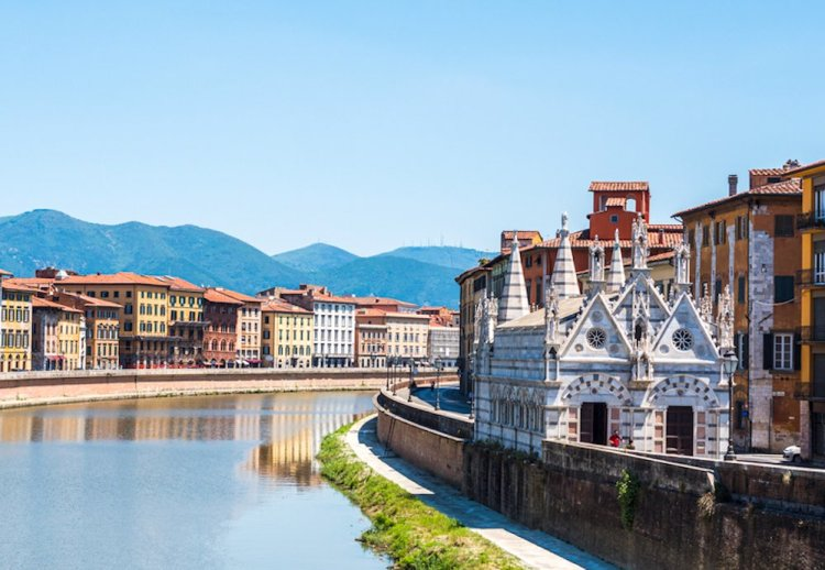 Cosa vedere a Pisa: la Chiesa di Santa Maria della Spina sui Lungarni