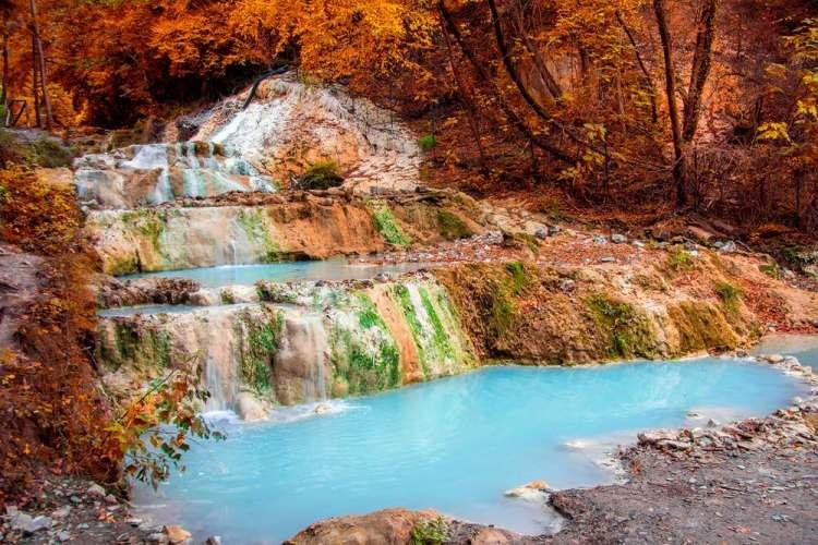 Le acque termali dei Bagni San Filippo in Val d'Orcia, Toscana