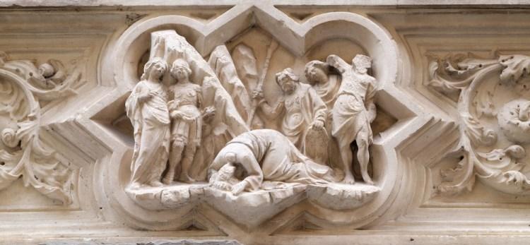 La decapitazione di San Giovanni Battista, bassorilievo sulla facciata di Orsanmichele a Firenze