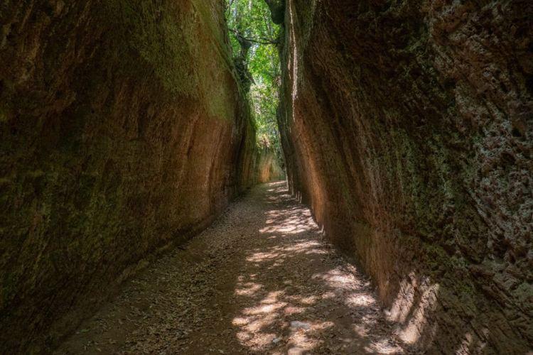 Le Vie Cave vicino a Sorano, borgo toscano nell'area del tufo