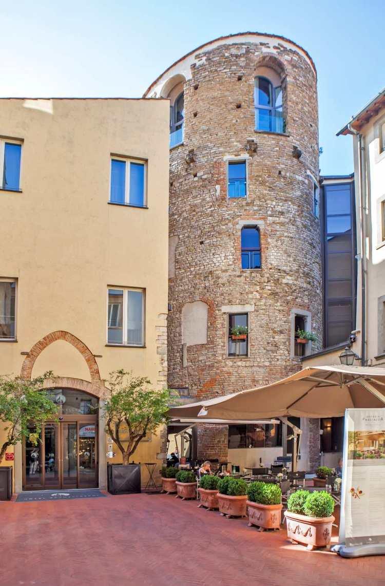 Le fondamenta della Torre della Pagliazza a Firenze sono le antiche terme romane di Florentia