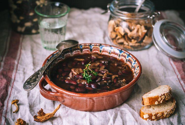 La zuppa di funghi è una tipica ricetta toscana d'autunno