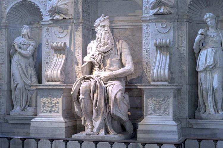 La statua di Mosè di Michelangelo nella Basilica di San Pietro