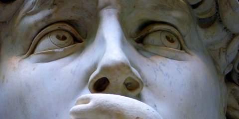 Dettaglio dello sguardo della statua del David di Michelangelo