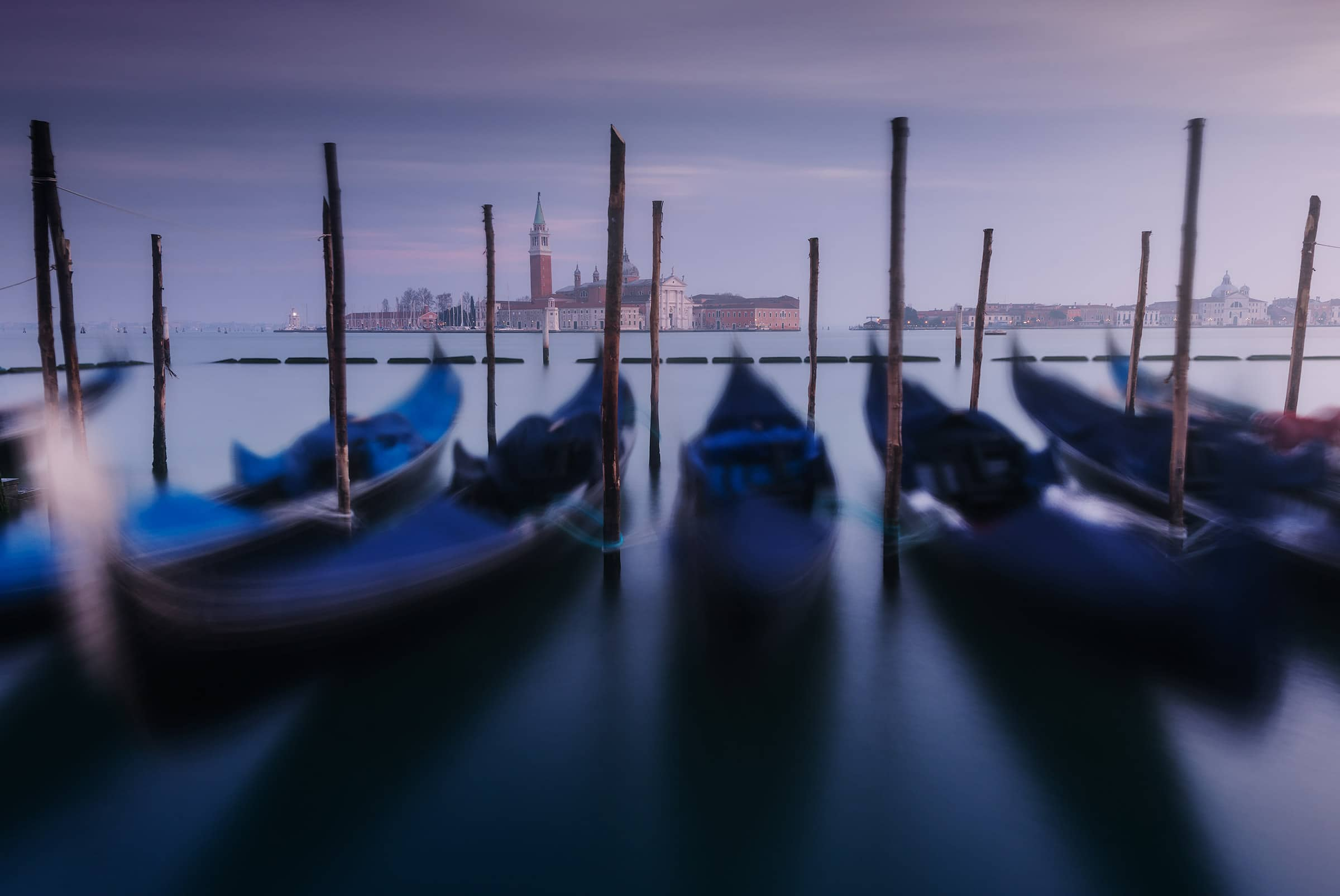 gondolas in venice photo tour