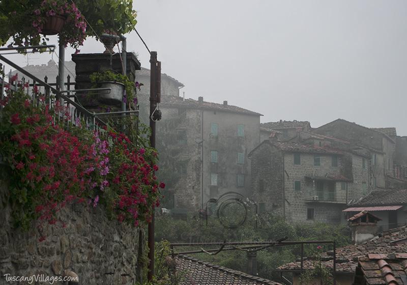 Castelvecchio dawn, Pescia, Tuscany
