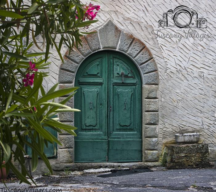 Castelvecchio Green Door